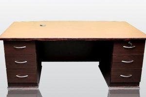 Bowfront-desk