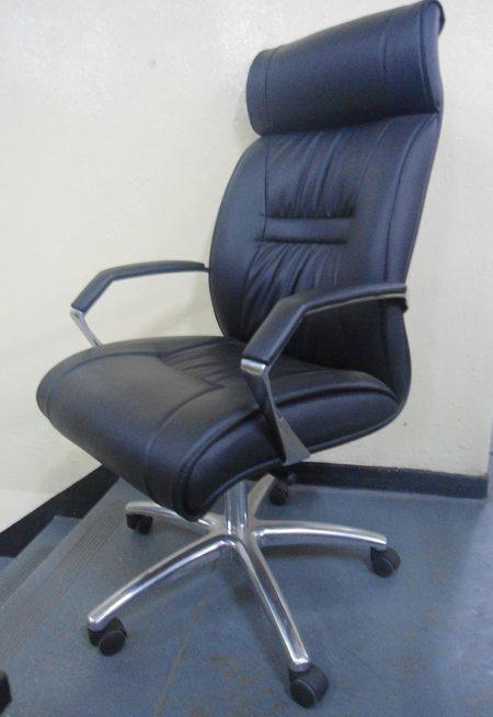 Apollo-executive-chair