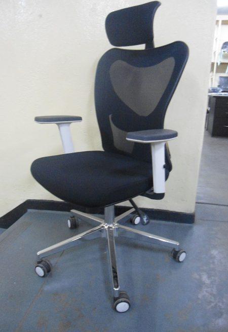 Apollo-mesh-chair