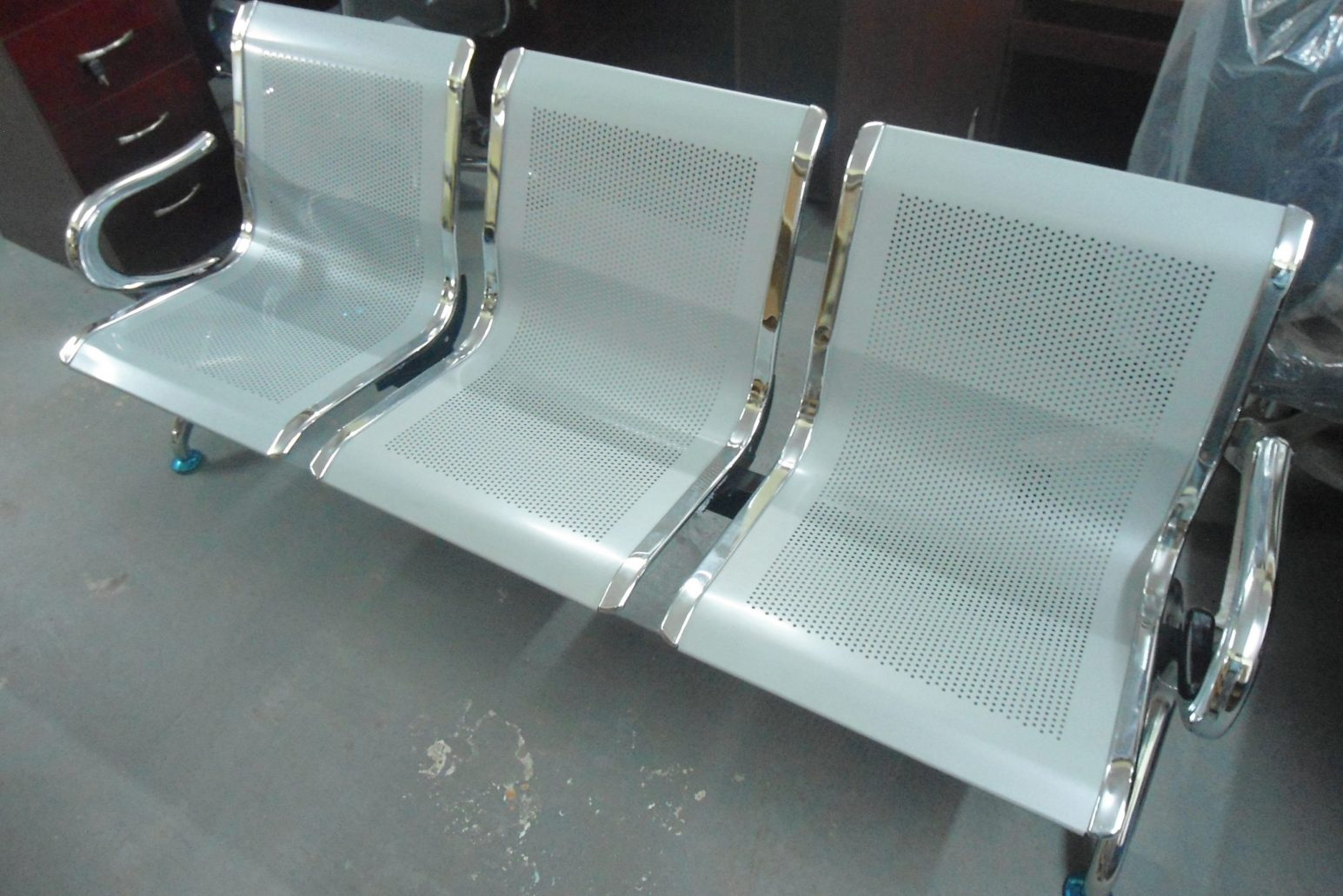 airport-bench
